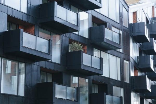 Balkonowe balustrady szklane
