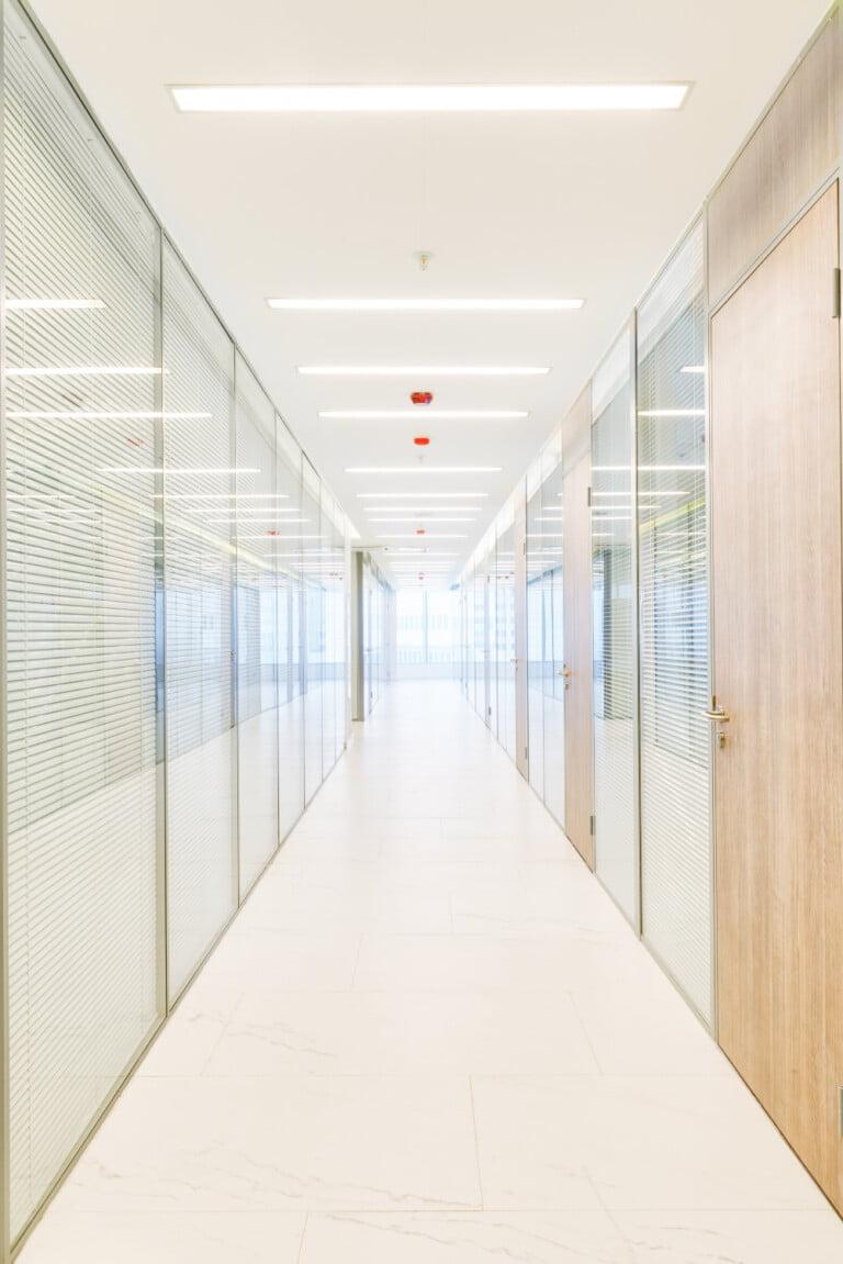 Ściany szklane do biura